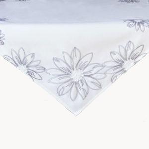 wit met grijze bloem