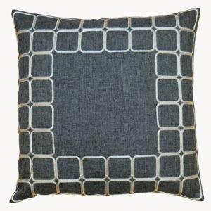 Kussenhoes - Donker grijs met vierkante vakken in de rand - 40 x 40 cm